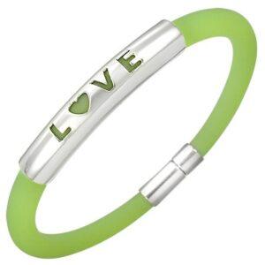 Gumový náramok v zelenom odtieni - kovová známka s nápisom LOVE P11.11
