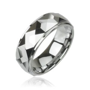 Volfrámový prsteň s vybrúsenými hranatými plochami, vysoký lesk, 8 mm D5.9 - Veľkosť: 62 mm